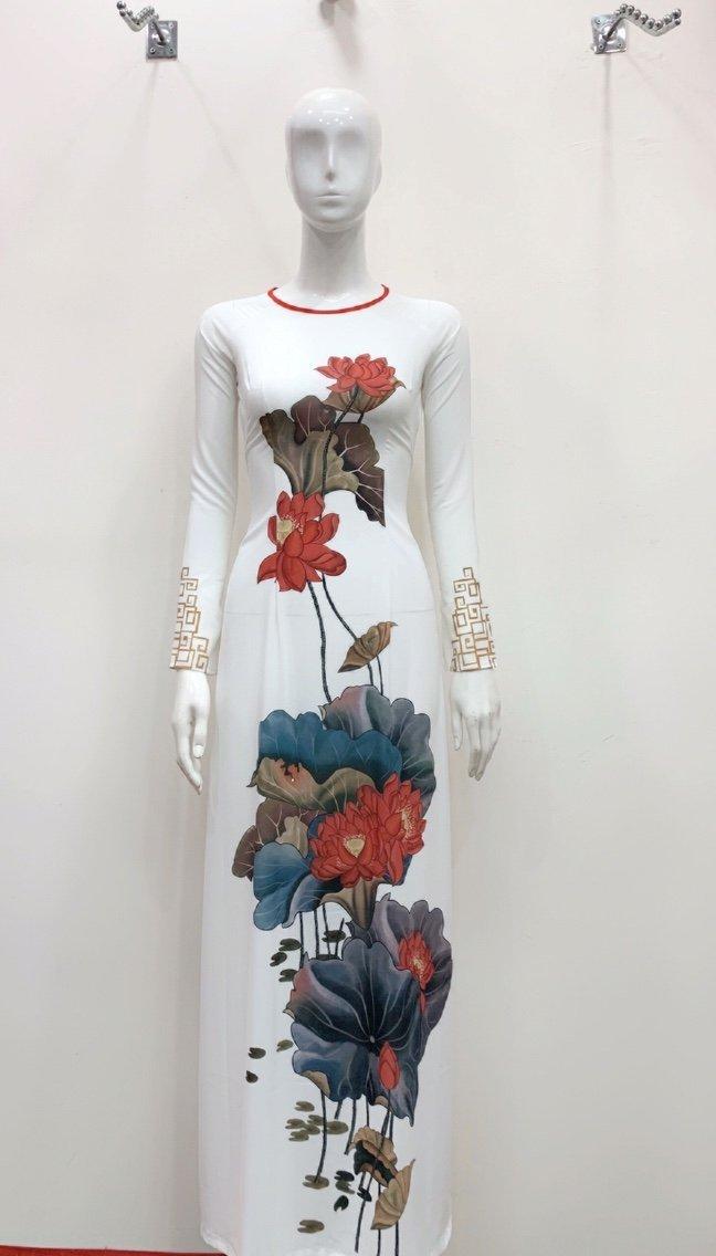 áo dài hoa sen màu đỏ
